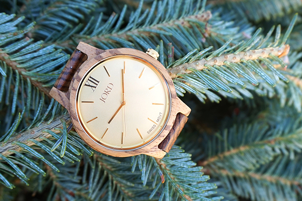 Valentine's Gift Idea: Wood Watch + Giveaway